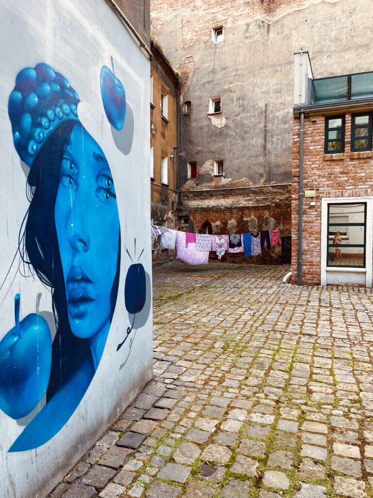 półkolonie Wrocław dzieci młodzież artystyczne plastyczne plener wakacje 2021 malarstwo rysunek szkicownik Pracownia Otwarta nadodrze
