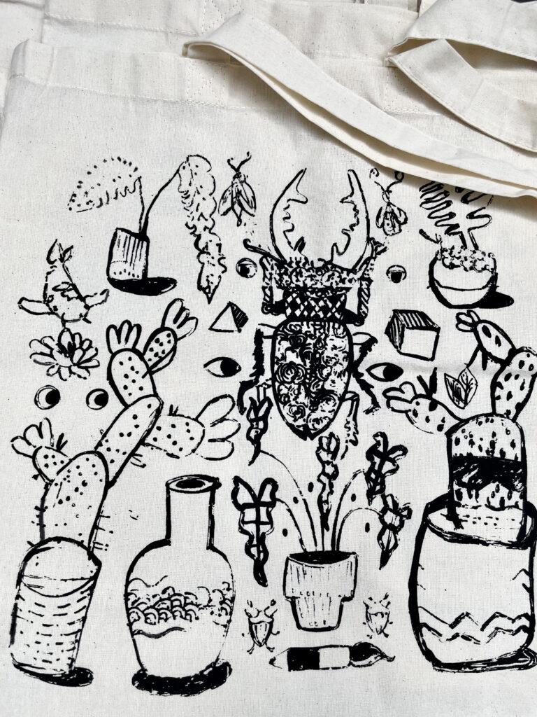półkolonie Wrocław dzieci młodzież artystyczne plastyczne plener wakacje 2021 malarstwo rysunek szkicownik sitodruk Gosia Sawicka grafika